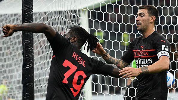 Милан се затрудни, но все пак победи Верона с 3:2