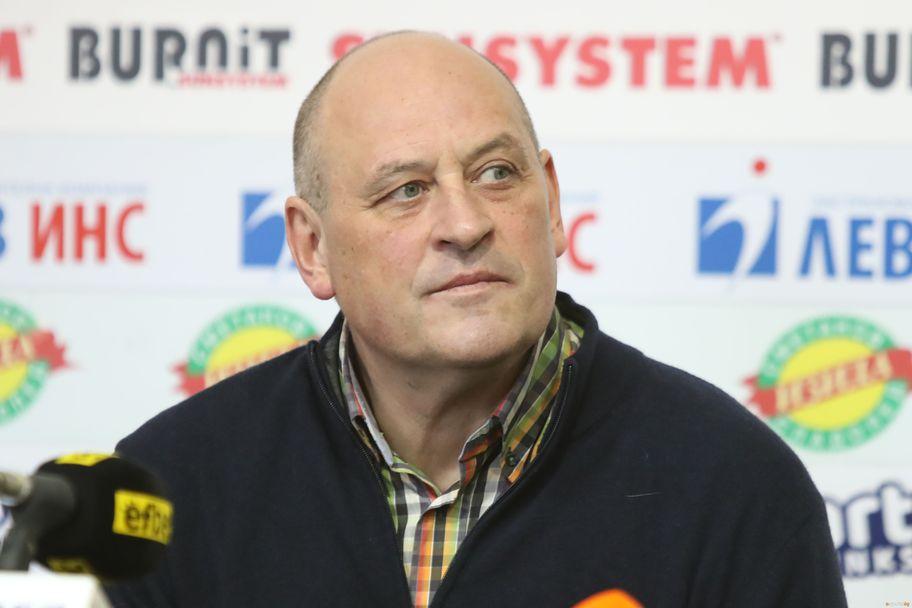 Пресконференция на Росен Барчовски, Георги Глушков и Чавдар Костов