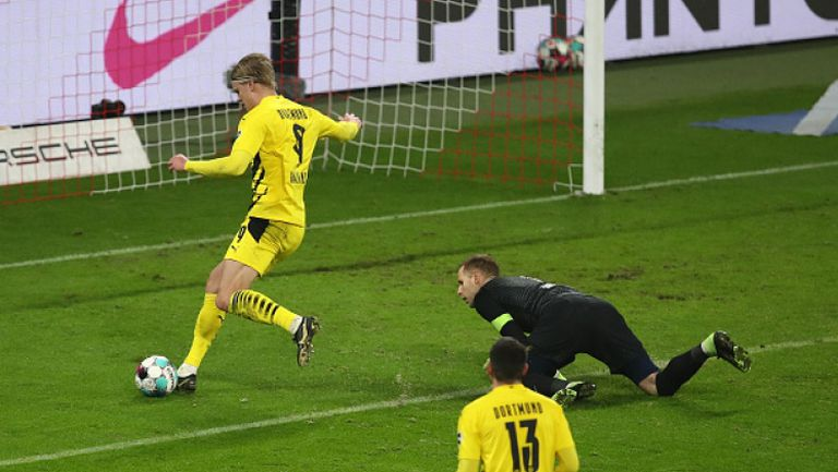 Борусия Дортмунд с изненадващо лесна победа в Лайпциг