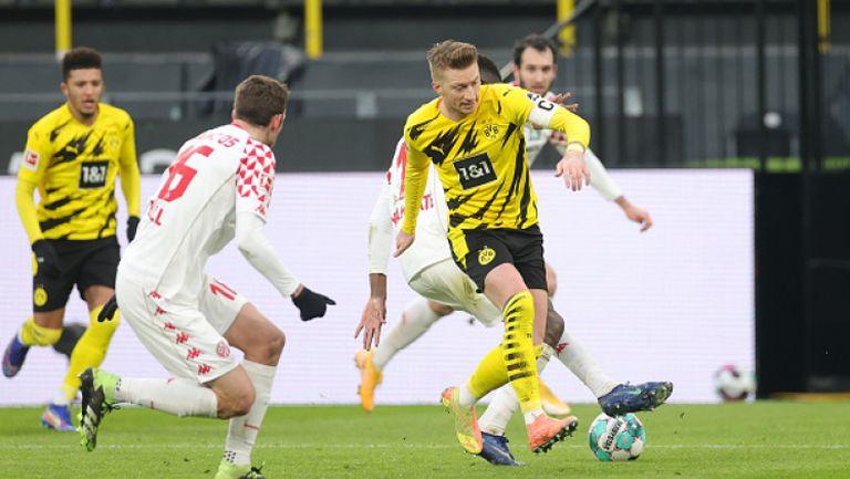 Дортмунд се изложи срещу последния в Бундеслигата
