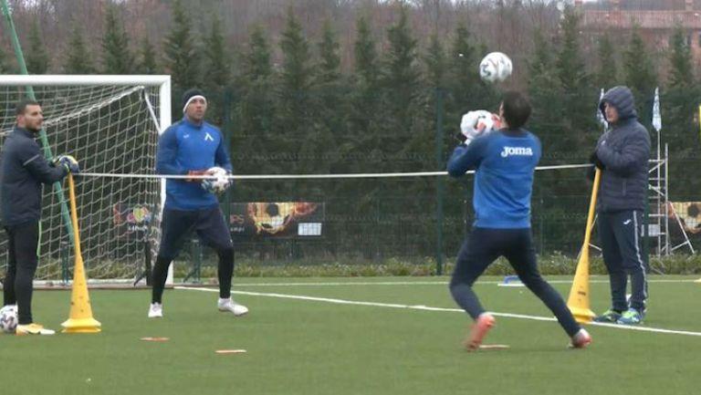 В лагера на Левски: Монсалве тренира на пълни обороти, Михайлов и Микулич с индивидуално занимание