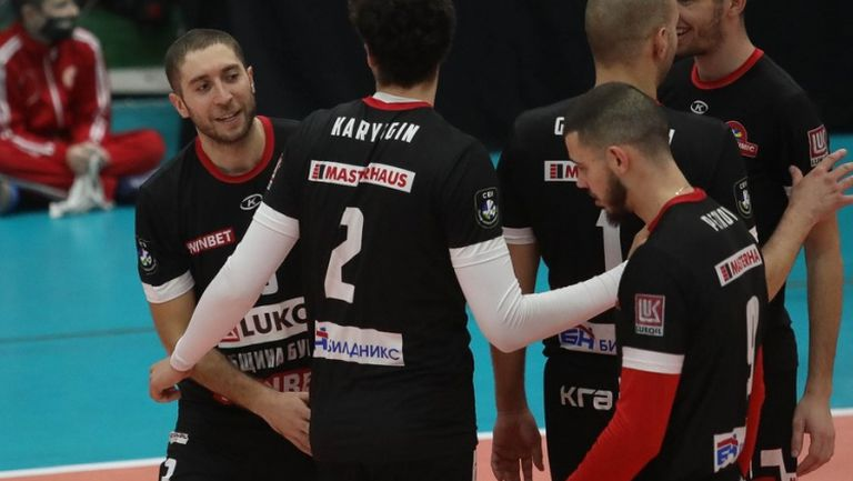 Нефтохимик отнесе ЦСКА в отложен мач в Суперлигата