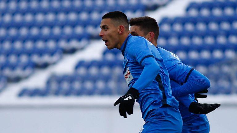 Славия пробва да отмъкне Здравко Димитров
