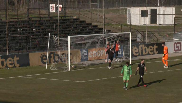 Кристиян Илич направи резултата 3:1 за Локо срещу Хебър