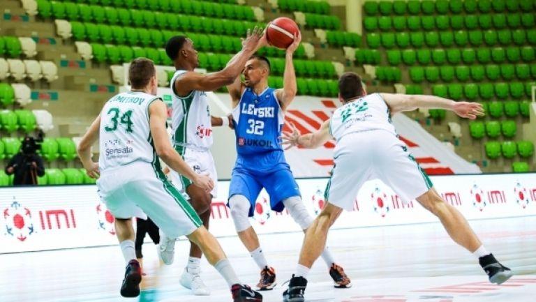 Левски Лукойл спечели надлъгването с Балкан в Ботевград