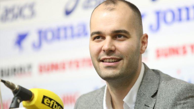 Председателят на УС на Етър: Завръщането на Бербатов е важно за целия български футбол