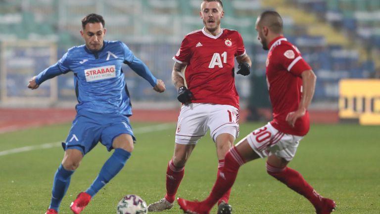 Вион: При Акрапович се чувствам най-добре, не бива да се подценява футболът в България