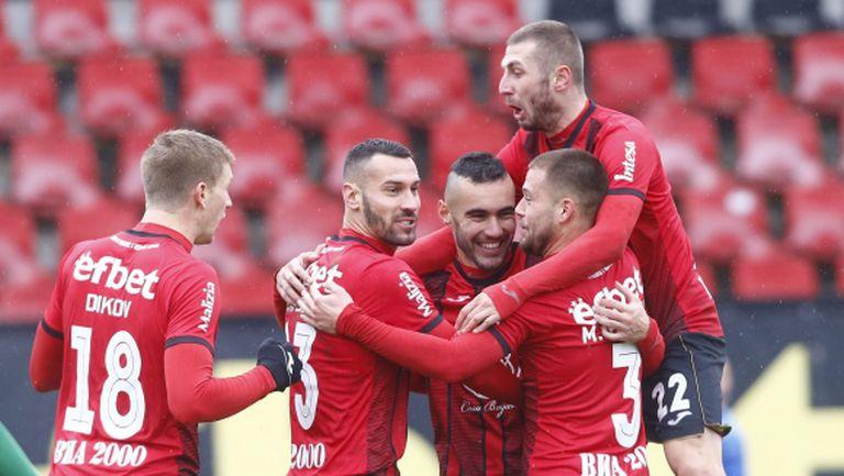 Локо (София) започва подготовка на 6 януари, ще играе контрола с ЦСКА-София