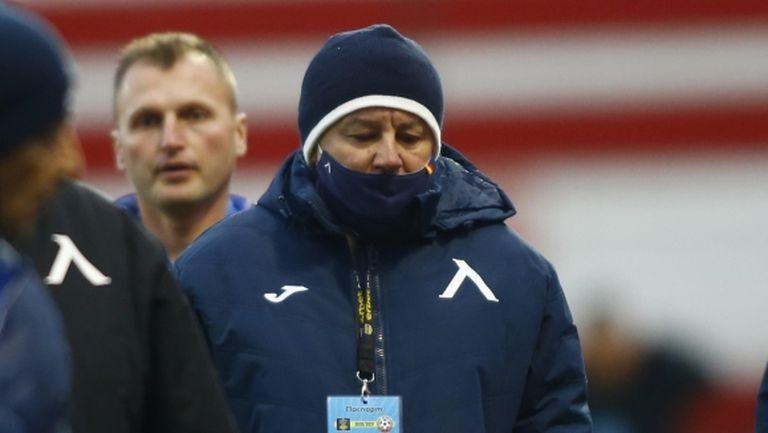 Стоянович ще пробва няколко чужденци по време на подготовката на Левски