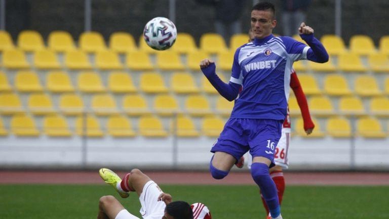 Талант на Етър продължава развитието си в Славия