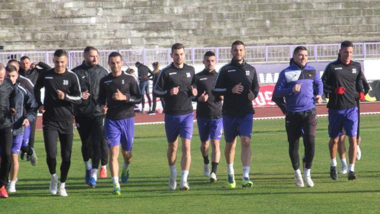Етър започна подготовка, бъдещето на Боруков ще се решава идните дни