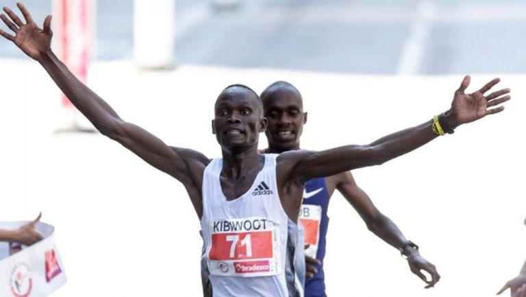 Световният рекордьор в полумаратона гони олимпийско участие в Токио на 10 000 метра
