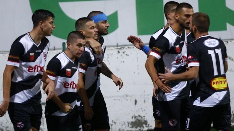 Локомотив (ГO) започна подготовка за пролетния дял от първенството на Втора лига