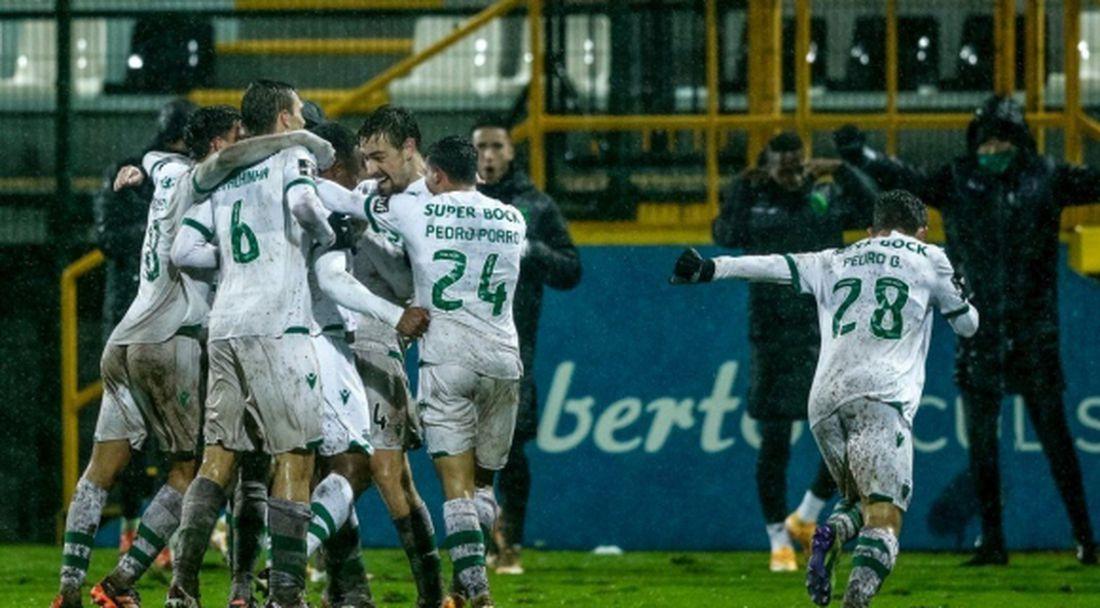 Спортинг не сбърка, лесни победи за Бенфика и Порто (видео)