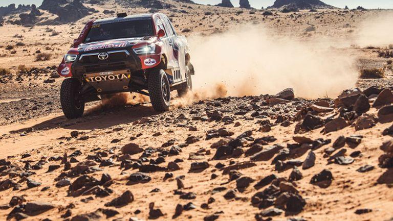 Ал-Атия спечели осмия етап на Рали Дакар и отново намали преднината на Петерханзел