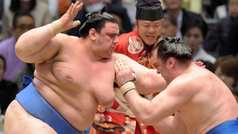 Аоияма загуби схватката си от седмия кръг в Токио
