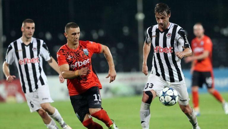 Том се завръща в българския футбол
