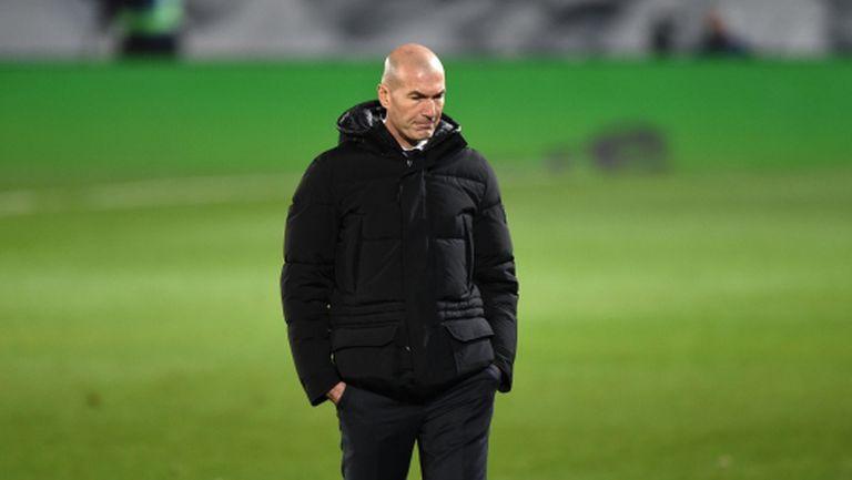 Бъдещето на Зидан пак е неясно, от месеци не бил говорил с играчите