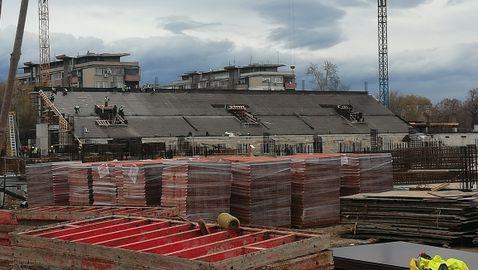 """Напредва строежът на стадион """"Христо Ботев"""" (снимки)"""
