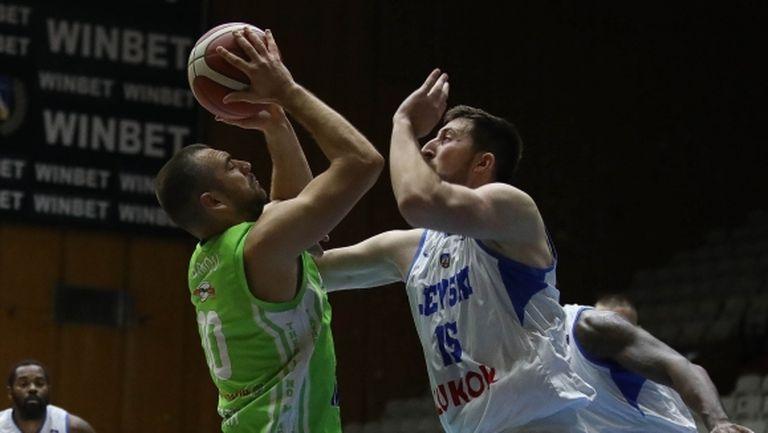 Павел Маринов за мача с Академик (Пд): Трябва да биеш, за да те уважават