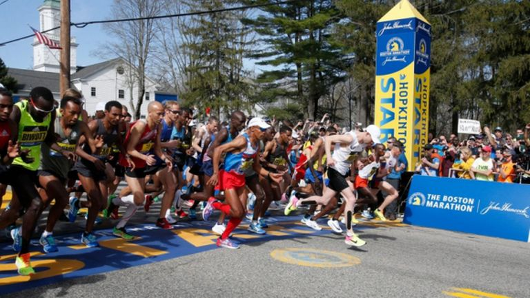 Маратонът на Бостън беше насрочен за октомври