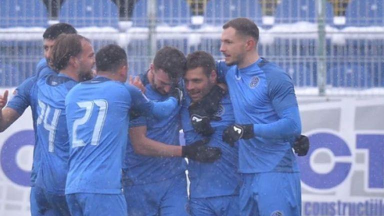Чунчуков блесна с победен гол в Румъния (видео)