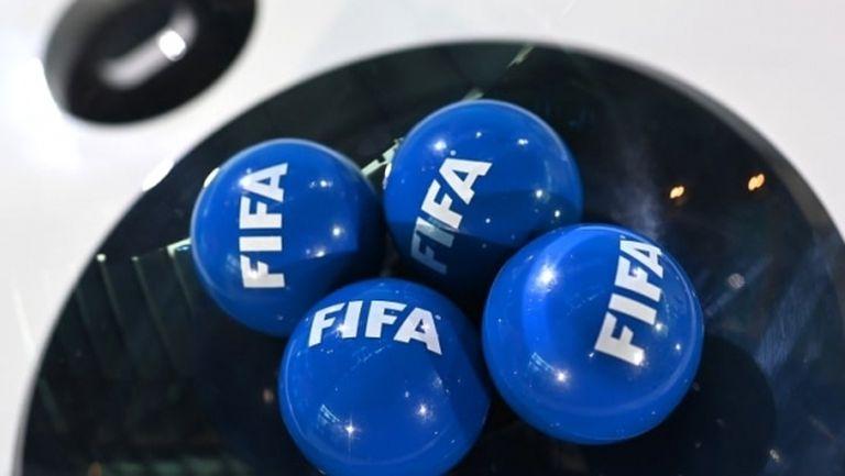Временният президент на Африканската футболна конфедерация е разследван от ФИФА