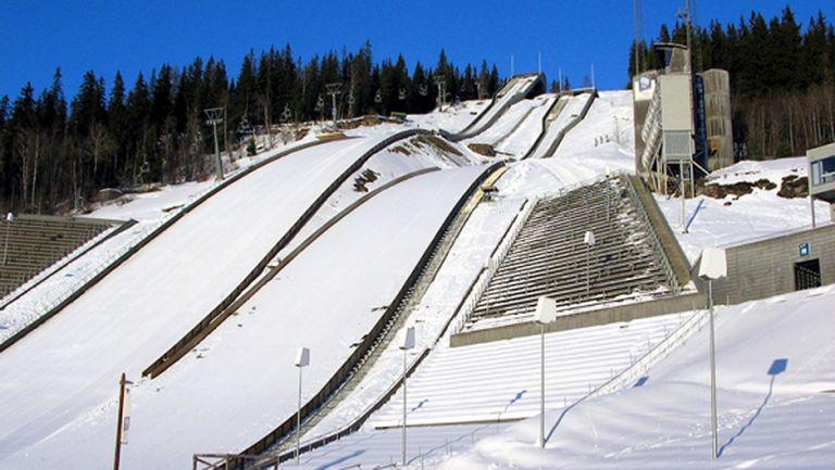Отлагат стартовете в ски-скоковете заради пандемията
