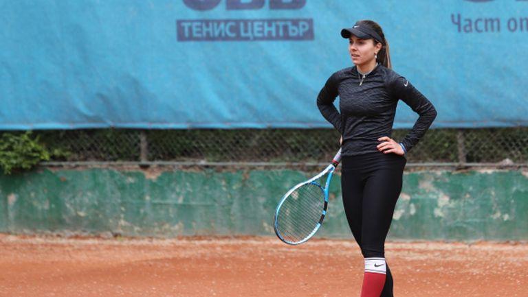 Виктория Томова отпадна във втория кръг във Франция