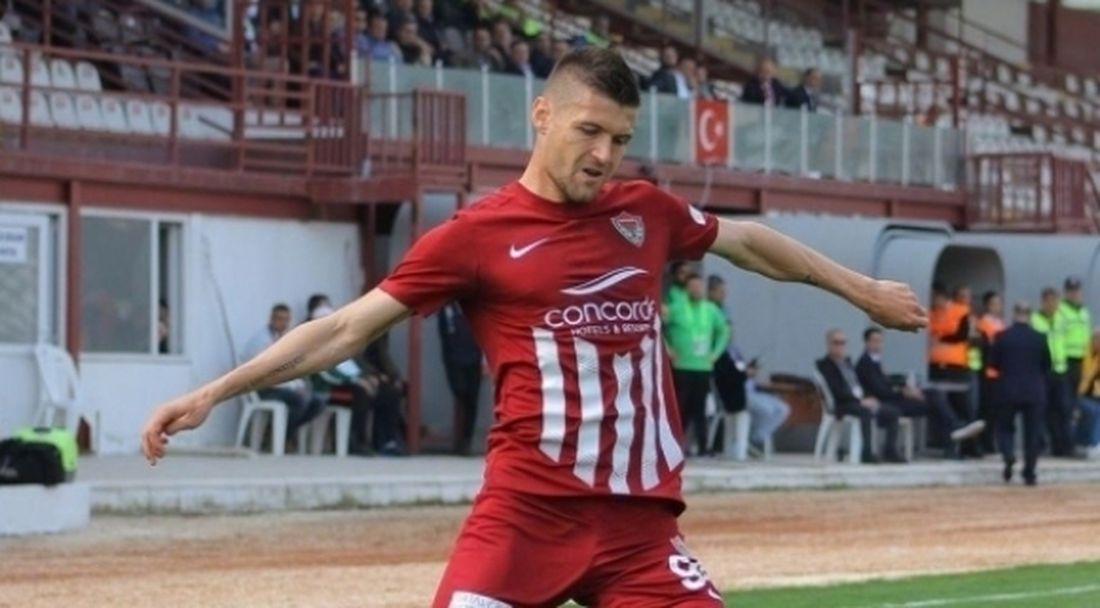Страхил Попов с цял мач при победа на Хатайспор