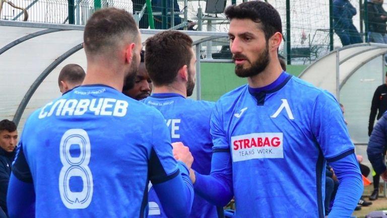 Стоянович промени програмата на отбора
