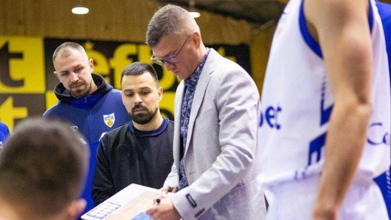 Александър Дяковски: Проспим ли 2-3 минути и мачът за нас свършва