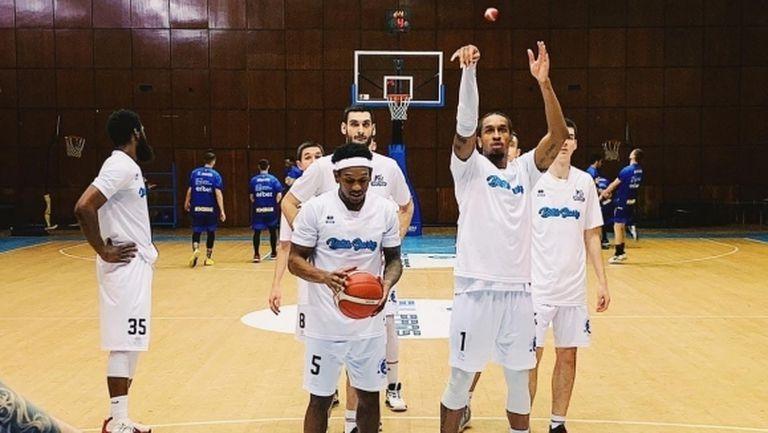 Баскетболистите на Черноморец получиха дълга почивка (видео)
