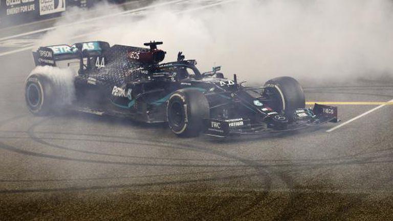 Мерцедес представя онлайн новия болид във Формула 1 на 2 март