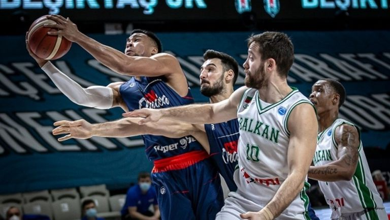 Павлин Иванов и Божидар Аврамов сред най-добрите във ФИБА Къп