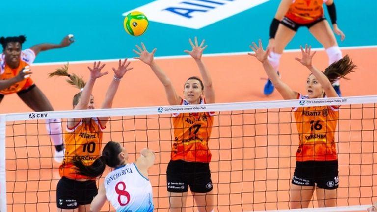 Мира Тодорова и Щутгарт без шансове срещу Динамо (Москва) в Шампионската лига (снимки)