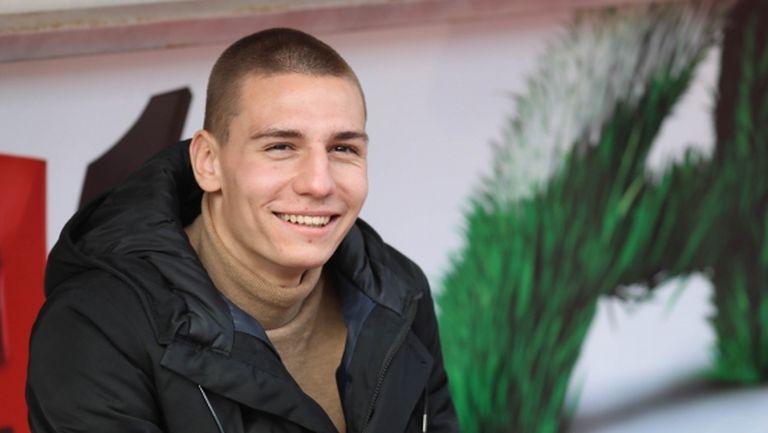 Вальо Антов вече е при новия си отбор (видео)