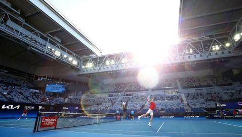 Тенисът в Мелбърн се рестартира в петък, няма опасност за Australian Open