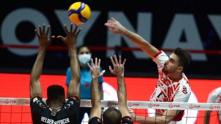 Мартин Атанасов и Зиратбанк на полуфинал в Европа
