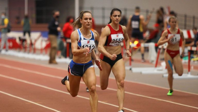 Инна Ефтимова №1 на 60 метра със 7.27 секунди (видео)