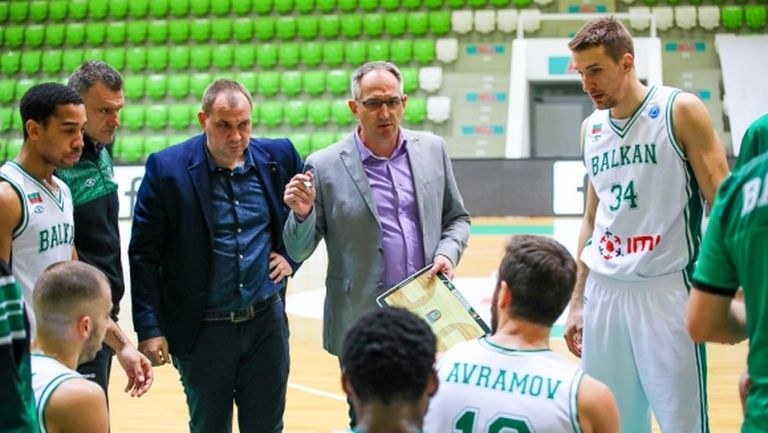 Треньорът на Балкан остана недоволен от съдийството след загубата
