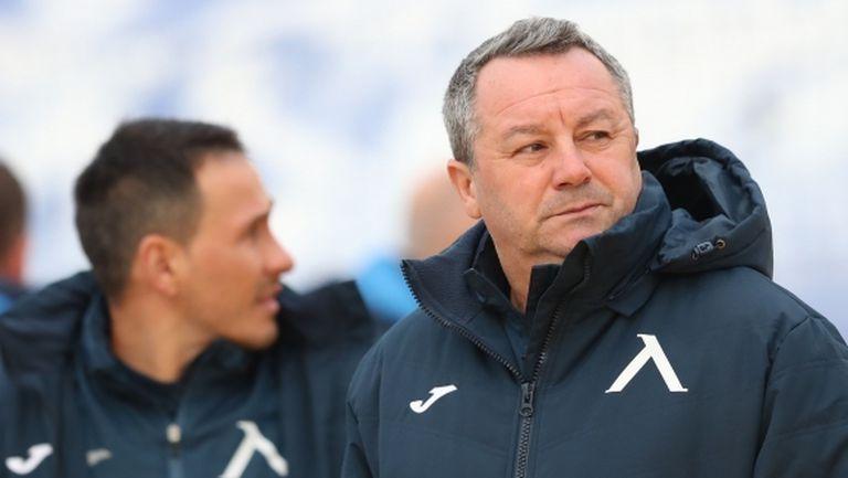 Стоянович критичен към футболистите си, треньорът стиска палци Робърта да остане в Левски