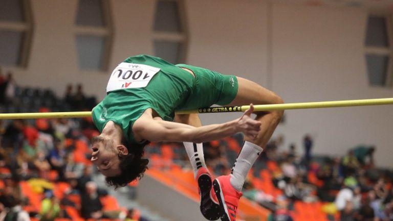 Осма поредна титла за Тихомир Иванов в скока на височина в зала (видео)