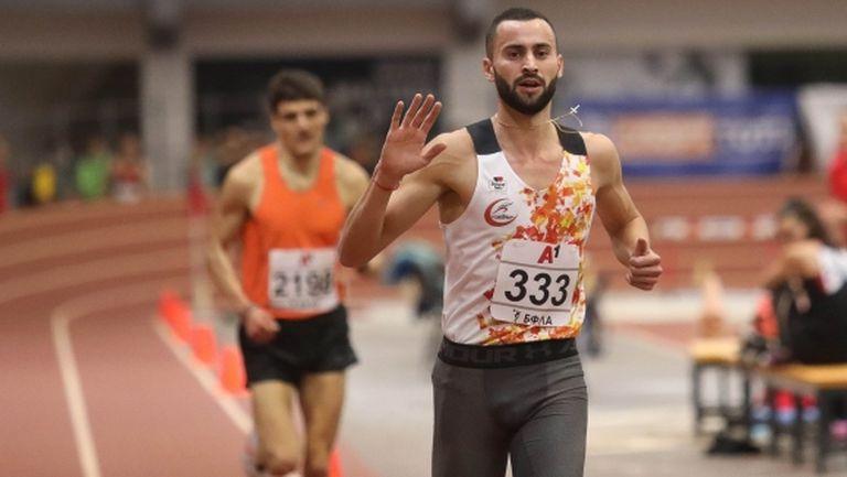 Убедителен успех и злато за Митко Ценов на 3000 метра (видео)