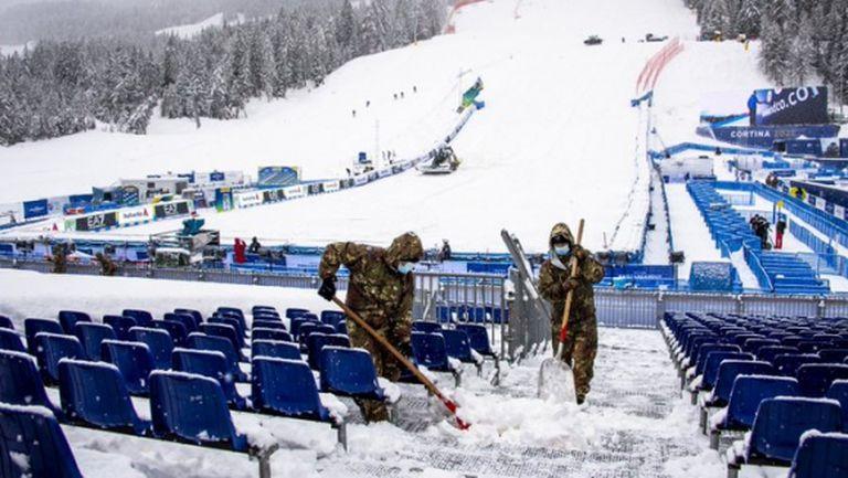 Прогнозата за времето наложи промяна в програмата на алпийската комбинация при жените