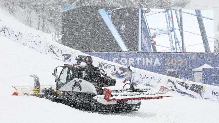 Стартът на Световното първенство по ски в Кортина бе провален