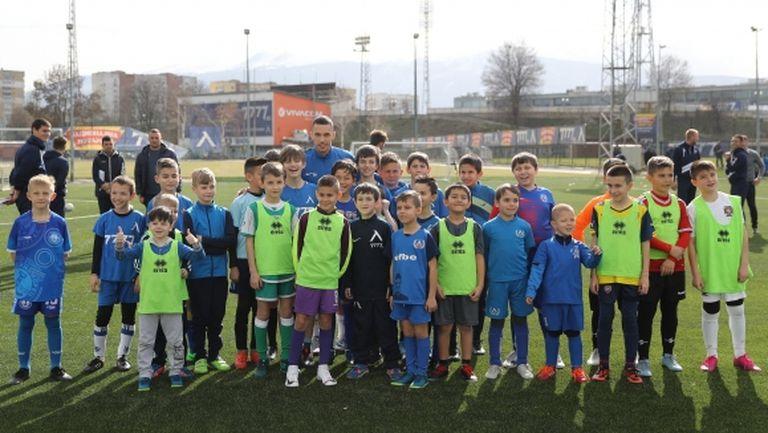 Левски обявява прием за най-малките футболисти в школата