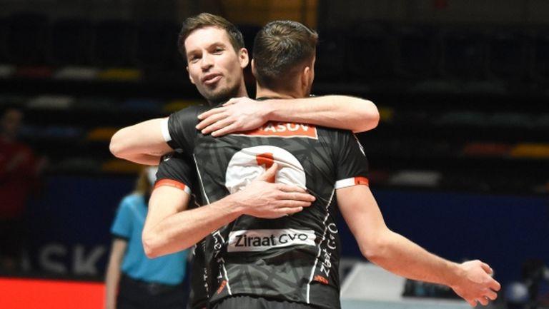 Мартин Атанасов и Зиратбанк с победа №20 в Турция (видео + снимки)