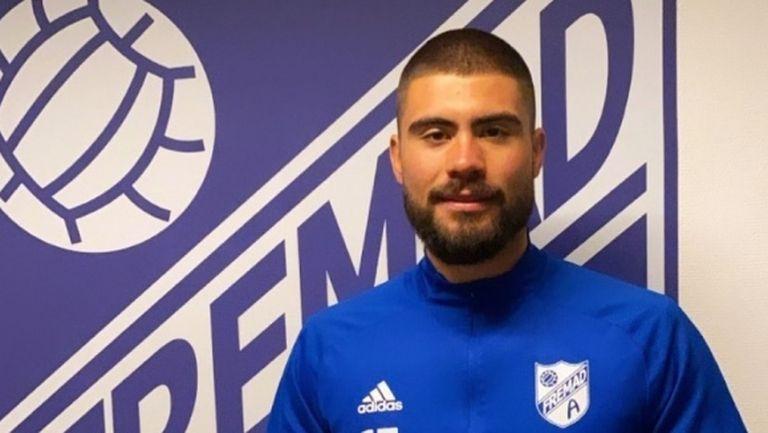 Иван Василев дебютира в Дания