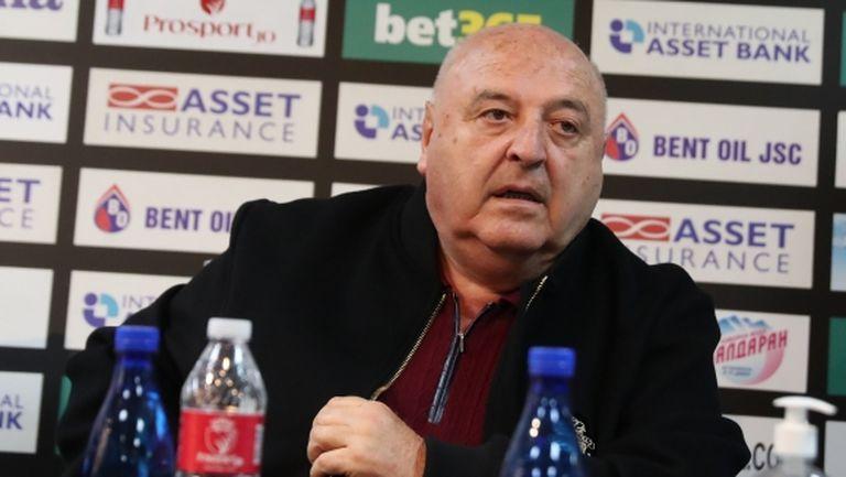 Стефанов: Съдията беше кастриран, когато аз съм давал пари за футбола, Бербатов е правил бър-бър-бър (видео)